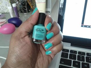 ColorClub-Aquarius-nail-polish-Patranila-Project