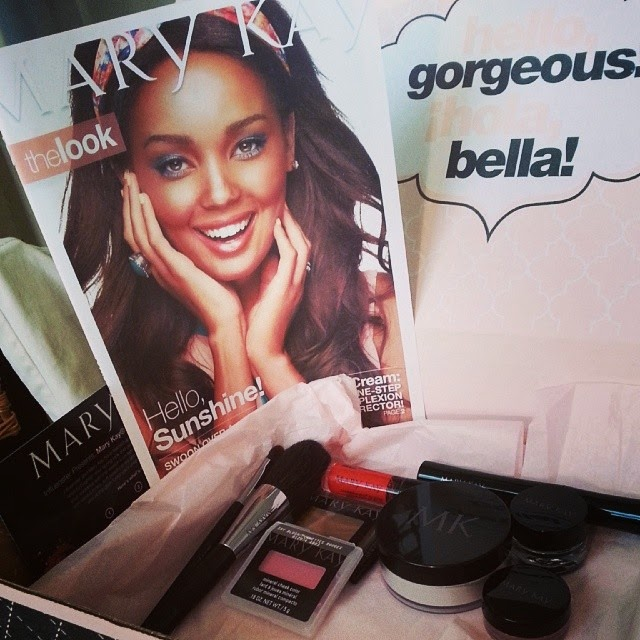 Mary Kay Sun-Kissed #MKGlam. Courtesy of Influenster. Review.